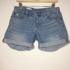 Gap Size 26 Sexy Boyfriend Distressed Denim Shorts